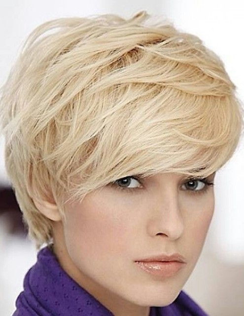Cute Short Blonde Hairstyle with Bangs for Thick Hair - Pretty Designs