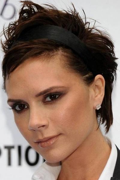 Victoria Beckham Short Haircut:Chopped Shaggy Brown Pixie Hair With  Asymmetrical Parting