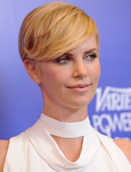 Deep Side Parted Pixie Cut for 2014: Cute Short Cut for Women