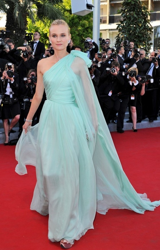 Diane Kruger: Vintage Mint Chiffon Giambattista Valli One Shoulder Dress