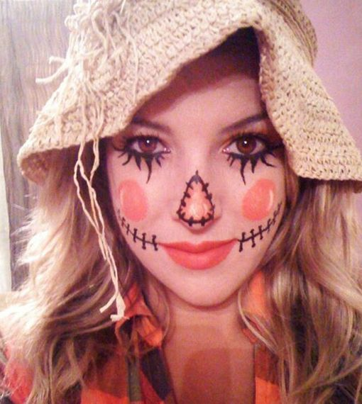 Diy Quick And Easy Scarecrow Use Old Straw Hat  Add Facial Features With Black Eyeliner Womens ...