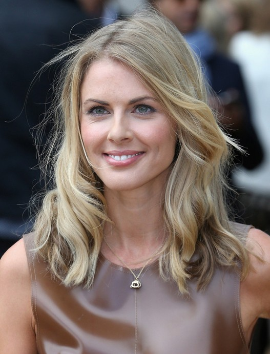 Donna Air Hairstyle: 2014 Choppy Medium Hairstyle for Women