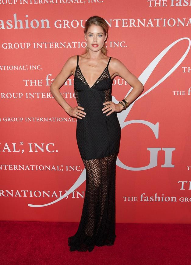 Doutzen Kroes: Black Mesh-panel Evening Dress by Missoni