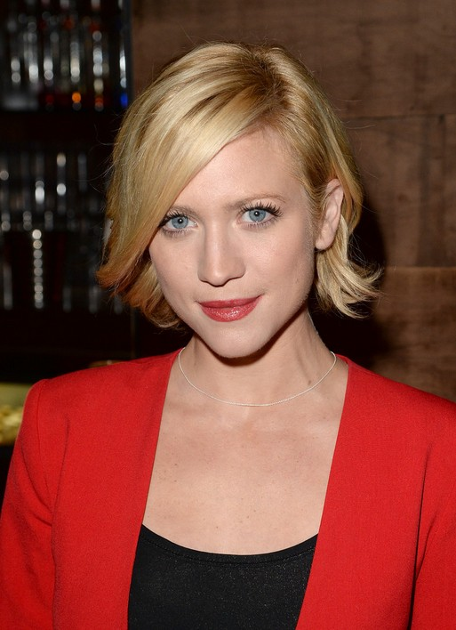 Elegant Side Parted Short Blonde Bob Hairstyle with Bangs for 2014