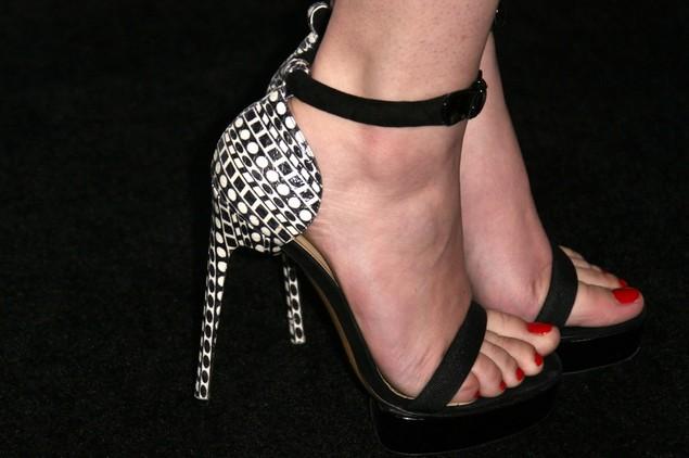 Hailee Steinfeld's Platform Sandals
