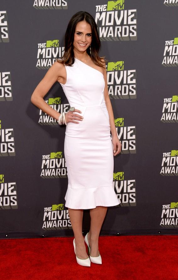 Jordana Brewster: White Camilla and Marc One Shoulder Dress