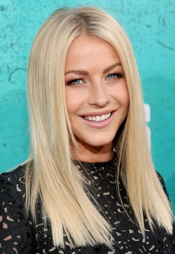 Julianne Hough 25 Most Impressive And Trendy Hairstyles For Your