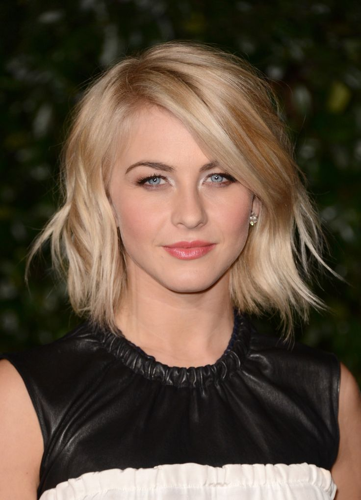 Julianne Hough Hairstyle - Razor Bob
