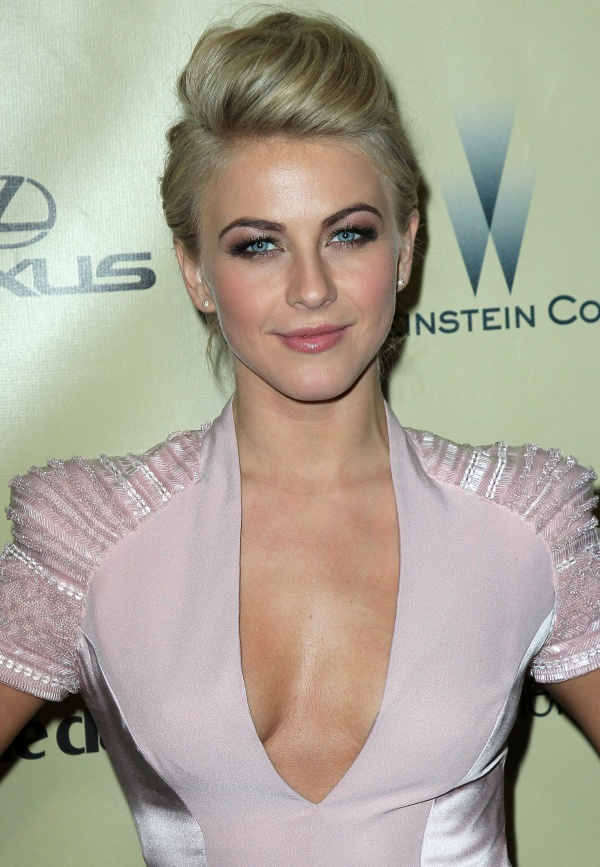 Julianne Hough Hairstyle - Short Fauxhawk Haircut