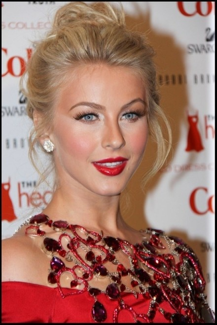 Julianne Hough Hairstyle - Simple Top Knot