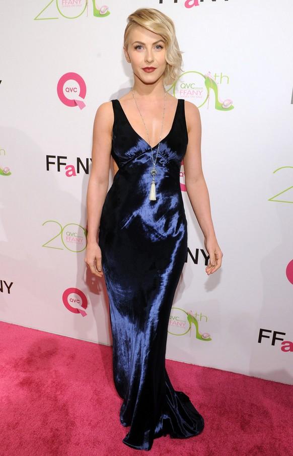 Julianne Hough: Slinky Blue Marc Jacobs Evening Dress