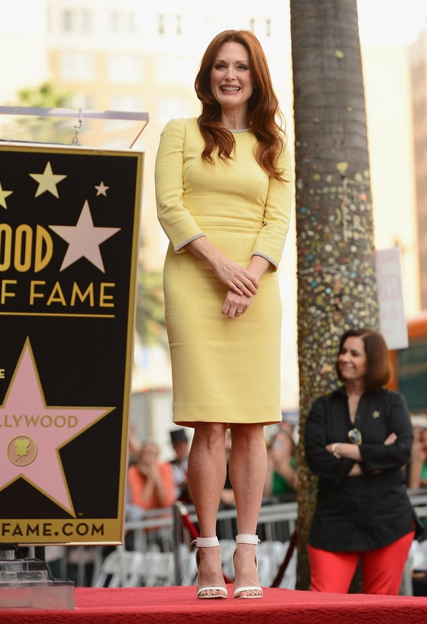 Julianne Moore: Yellow Dolce & Gabbana Cocktail Dress