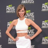 Karlie Kloss: Pencil Skirt with a White Crop Top by Cushnie Et Ochs