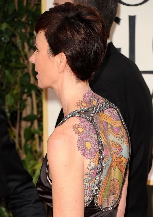 Kate Mestitz'in Dövmeleri - Sırtında Sanatsal Tasarım Dövmesi