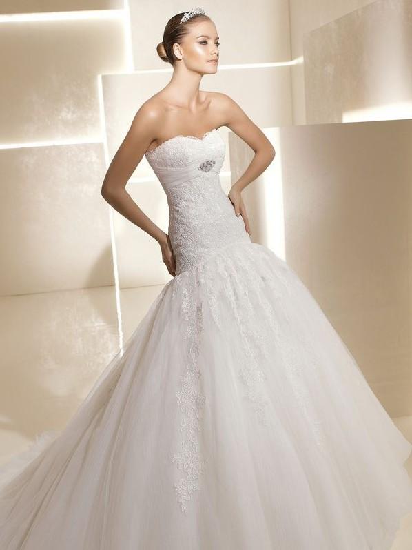 La Sposa Strapless Ruffled Wedding Dress