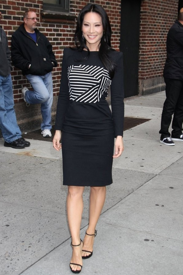 Lucy Liu: Black-and-white Band of Outsiders Cocktail Dress