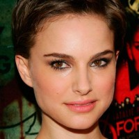 Natalie Portman Short Haircut: Brown Pixie Wavy Cut