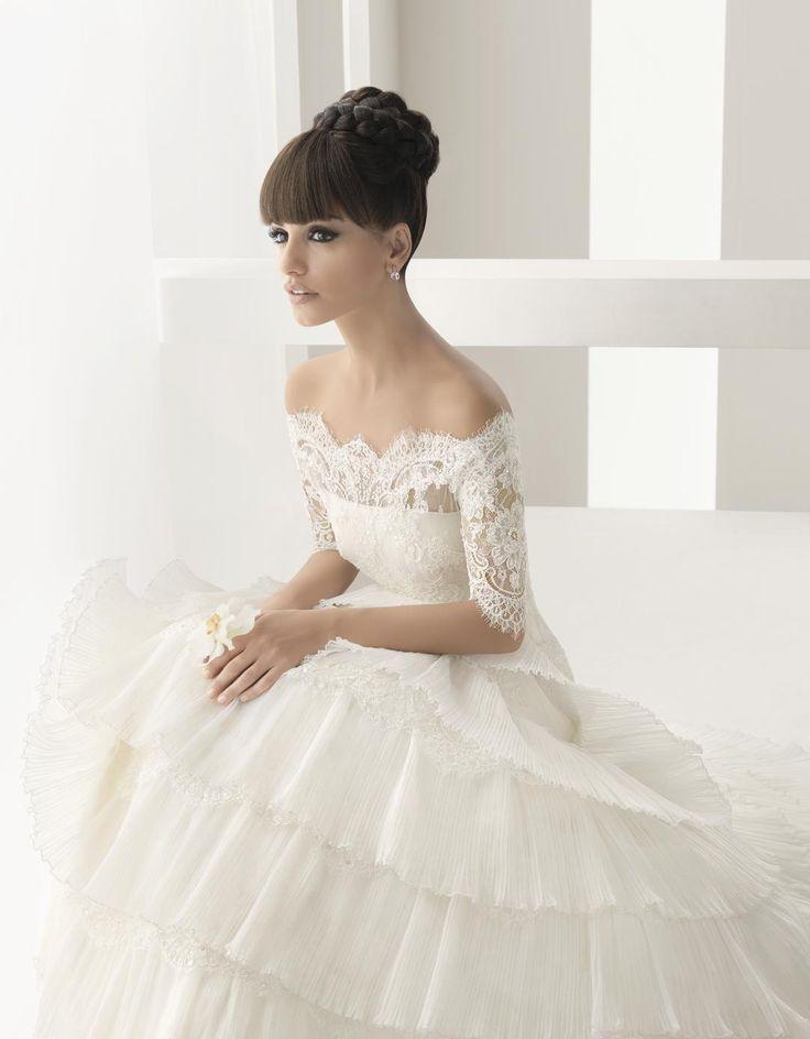 14 amazing and breath taking wedding dresses for 2014 for Wedding dress rosa clara