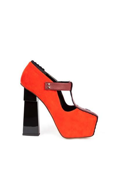 Orange Flatform Shoes by Aperlaï