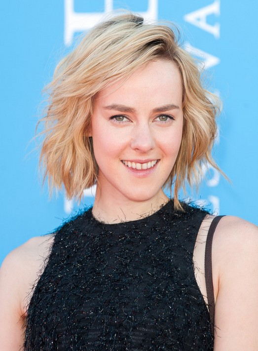 Popular Short Hairstyle for 2014: Jena Malon's Soft Wavy Hairstyle with Bangs
