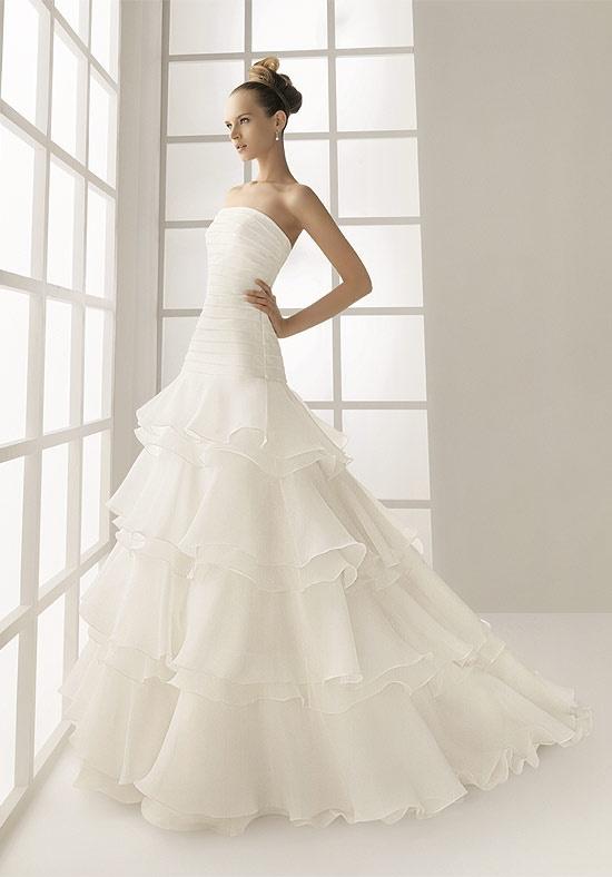 Rosa Clara Strapless Overlapping Wedding Dress