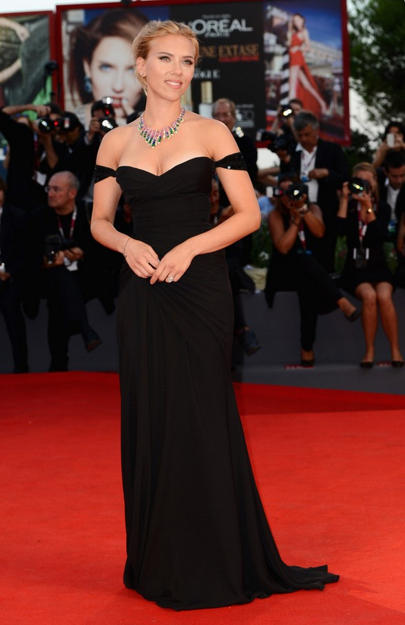 Scarlett Johansson: Black Off-the-Shoulder Dress by Versace