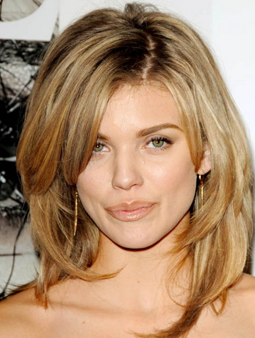 Sexy Shaggy Hairstyle for Thick Hair