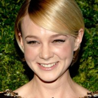 Carey Mulligan Short Haircut: Blond Sleek Blond Pixie Hair with Long Side Bangs