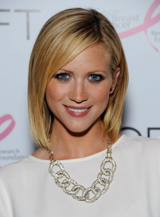 Short Straight Hairstyle for 2014: Sleek Blonde Bob with Bangs