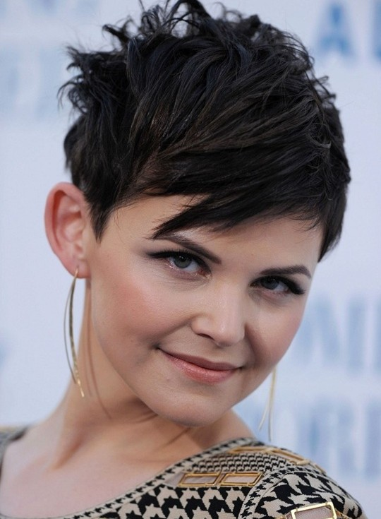 Short Straight Pixie Cut with Bangs: Layered Short Black Haircut for Women