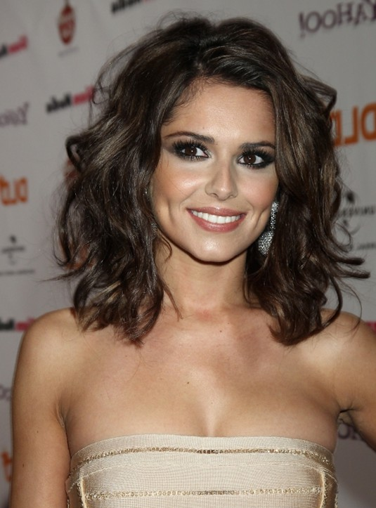 Shoulder length wavy hairstyles 2014