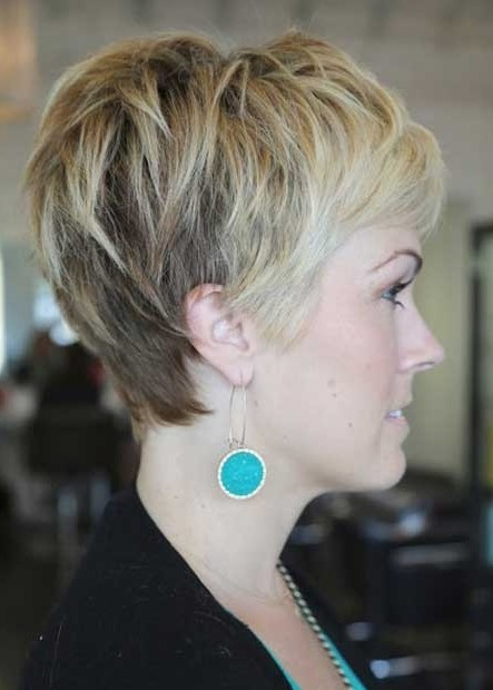 Side View of Layered Pixie Cut: Cute Pixie Haircut with Bangs