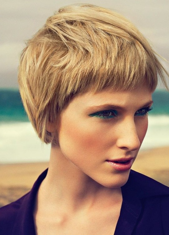 Stylish Short Layered Hairstyle for 2014