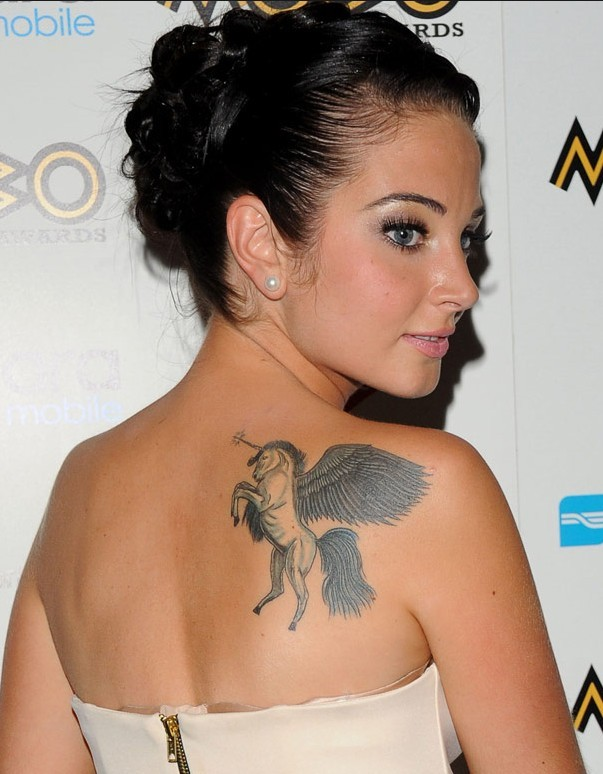 tulisa contostavlos 39 tattoos wings tattoo on upper back pretty designs. Black Bedroom Furniture Sets. Home Design Ideas