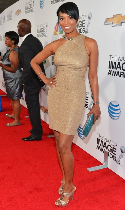 Vanessa Williams in Her Wedges