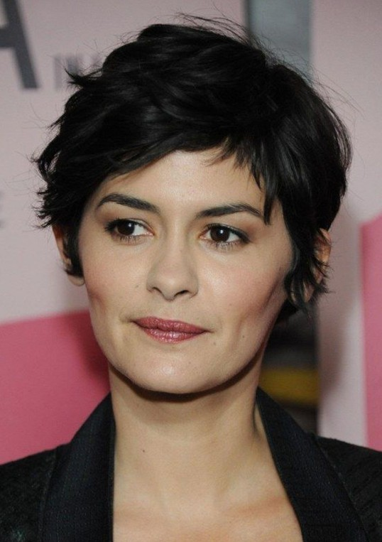 Wavy Pixie Cut Casual Short Black Hairstyle For Women