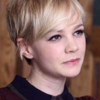 Carey Mulligan Short Haircut: Pltinium Long Messy Pixie Hair