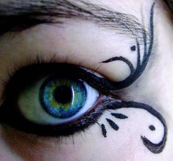 gothic makeup with delicate pattern