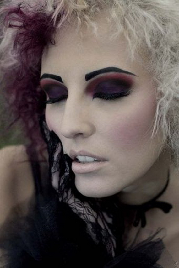 gothic makeup with mixing violent and black