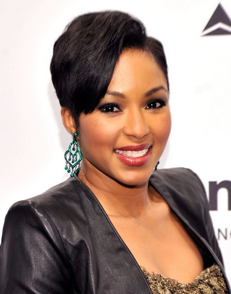 2014 Alicia Quarles' Short Hairstyles: Pixie Haircut Trends