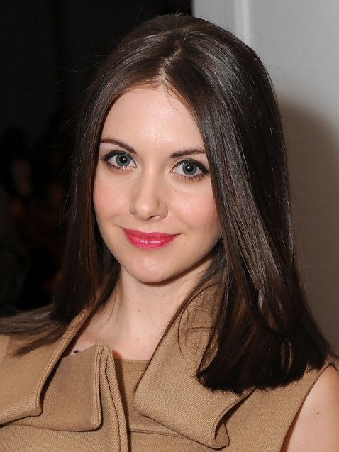 2014 Alison Brie Medium Hairstyles: Blunt Straight Haircut
