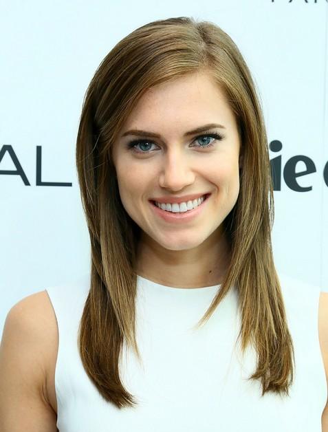 2014 Allison Williams Long Hairstyles: Brown Straight Hair