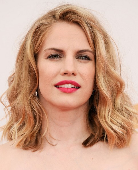 2014 Anna Chlumsky Medium Hairstyles: Wavy Haircut