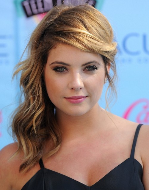 2014 Ashley Benson Long Hairstyles Wavy Hairstyle With Side Bangs