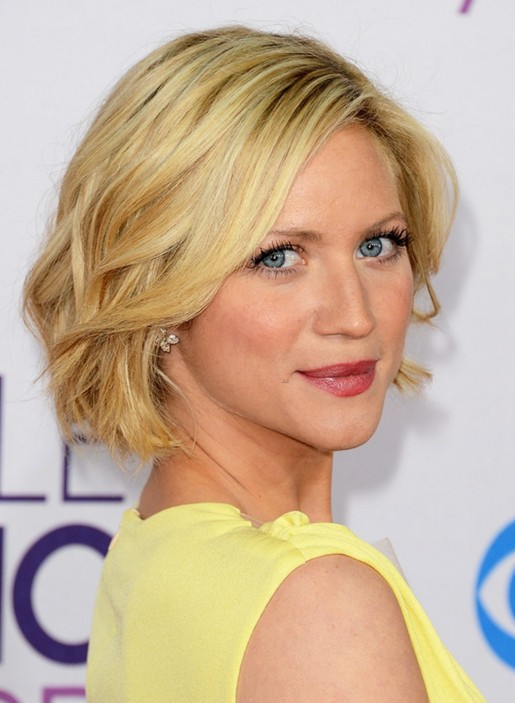 2014 Brittany Snow's Short Haircuts: Layered Bob