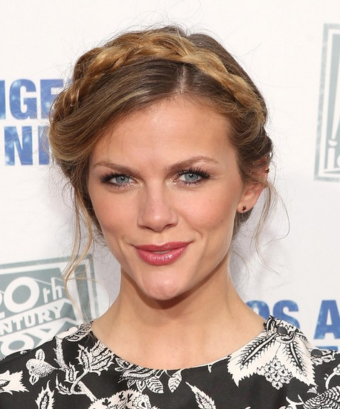 2014 Brooklyn Decker Hairstyles: Braided Updo