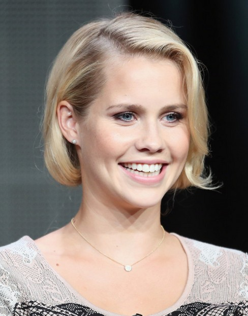 2014 Claire Holt's Short Hairstyles: Bob Haircut with Side Bangs