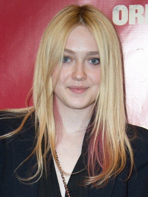 2014 Dakota Fanning Medium Hairstyles: Straight Haircut