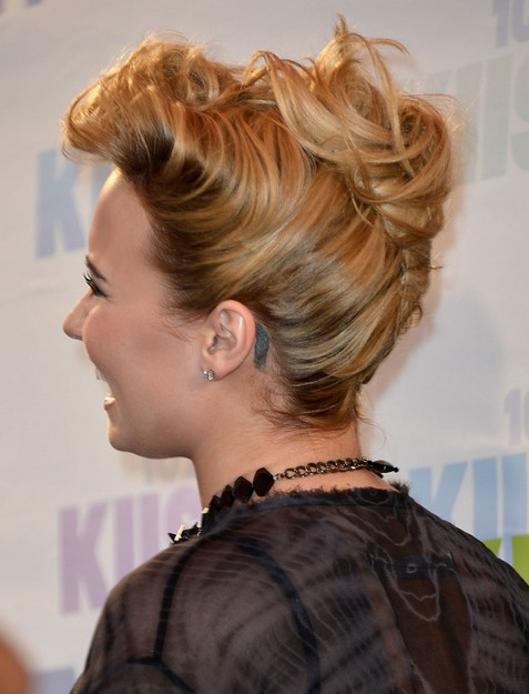 2014 Demi Lovato Hairstyles: French Twist Updo