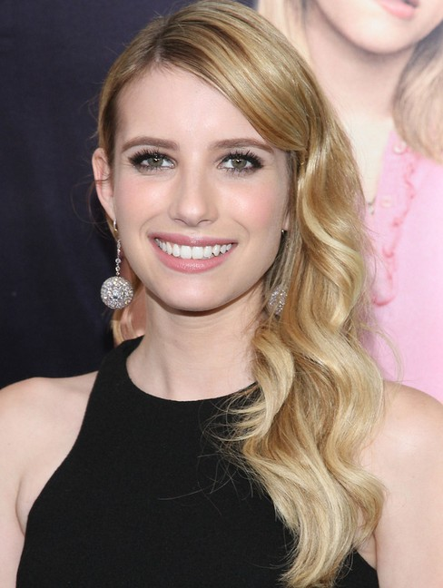2014 emma roberts hairstyles soft long wavy hair pretty